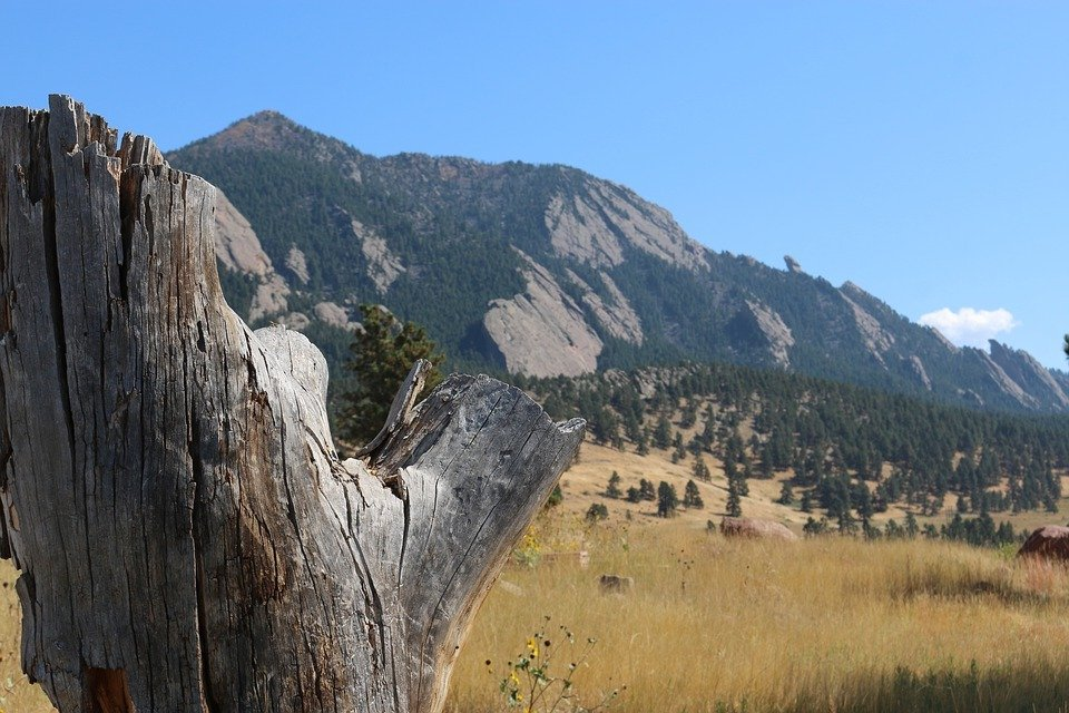 Mountain near the city of boulder, CO